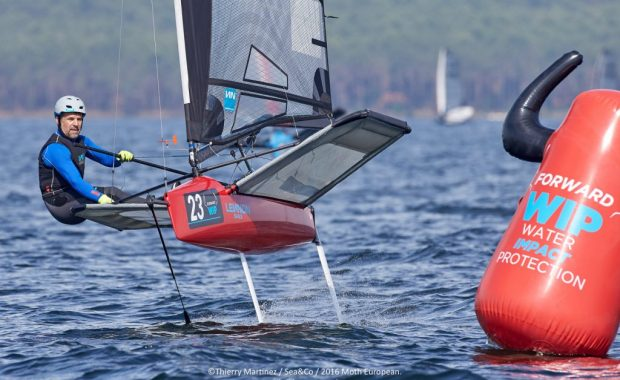 Mike Lennon takes the lead at the Europeans