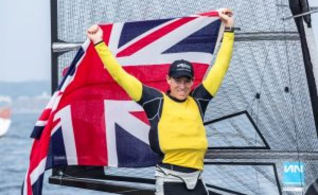 Paul Goodison wins 2016 YANMAR Moth Worlds